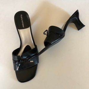 Naturalized Black leather open toe sandal Sz 6 1/2